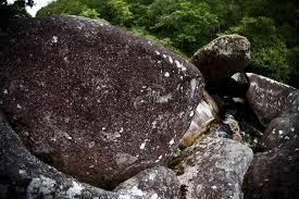 pierres brutes