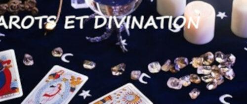Tarots et divination
